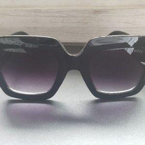 Gucci GG0053S 001 54mm Oversize BLACK Sunglasses